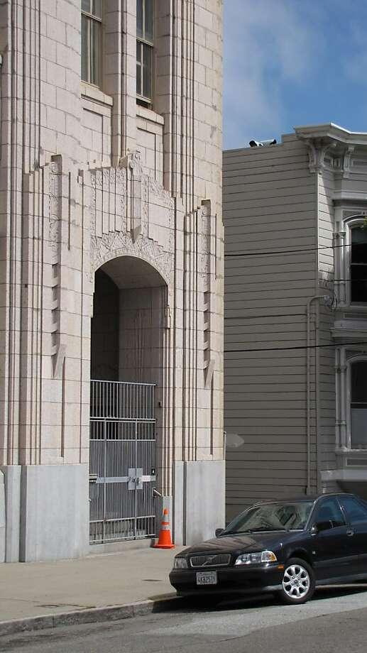 1930 Steiner St. Designer: E. V. Cobby | Style: Art Deco | Size: 3 stories | Date built: 1932 Photo: John King, The Chronicle