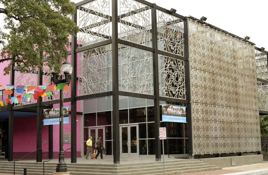 """Univision plans to build a 1,200-square-foot studio from which to broadcast """"Despierta San Antonio,"""" local break-in segments for the national """"Despierta America,"""" in the old Museo Alameda building. Photo: San Antonio Express-News / File Photo"""