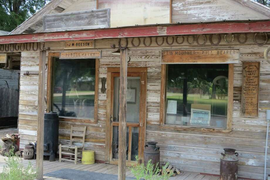 Cowboy poet and saddle maker J.W. Beeson has his shop on Lipscomb's courthouse square. Photo: Joe Holley, Houston Chronicle / Houston Chronicle