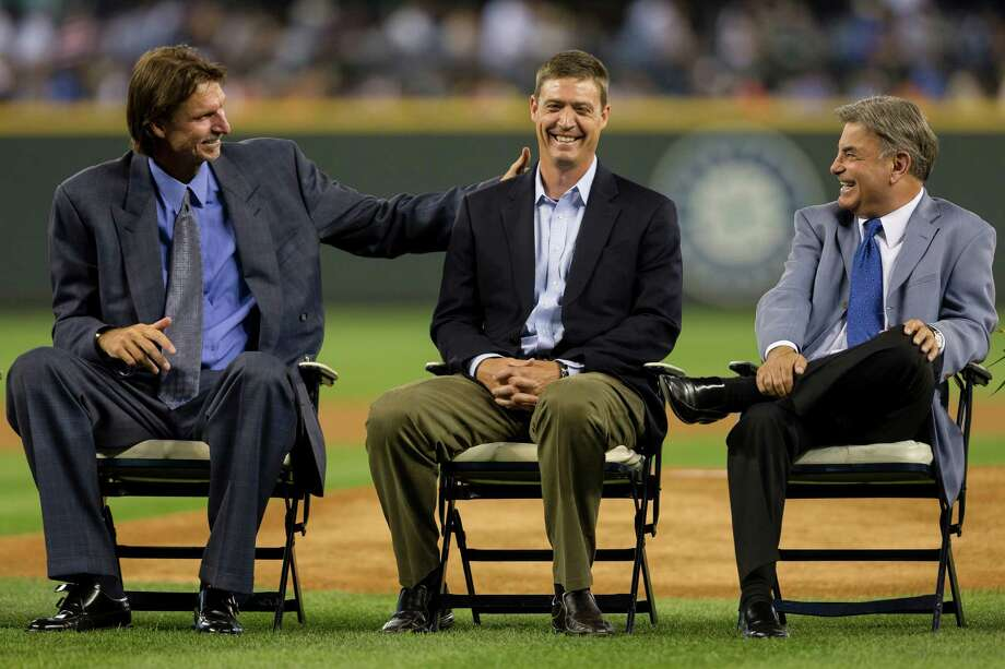 From left, Randy Johnson, Dan Wilson and Rick Rizzs joke around. Photo: JORDAN STEAD, SEATTLEPI.COM / SEATTLEPI.COM