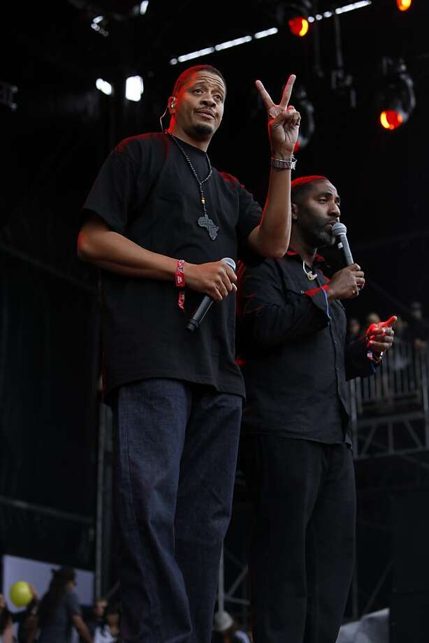 Charles Stewart and Courtenay Henderson of Jurassic 5 perform at the Outside Lands Festival in San Francisco, Calif. on Saturday, August 10, 2013. Photo: Katie Meek, The Chronicle