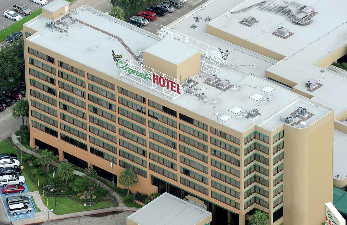 Elegante Hotel Photo taken July 24, 2011 Guiseppe Barranco/The Enterprise