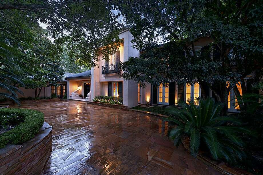 This River Oaks estate features three bedrooms and eight full bathrooms in more than 11,000 square feet of living space. The asking price is $14.5 million.