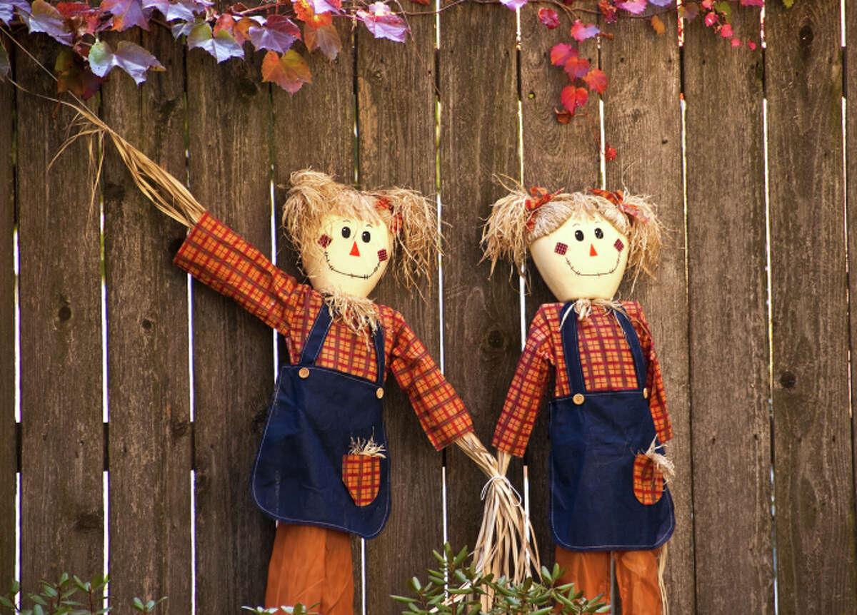 No. 9: Hinsdale, Illinois Two Girl Scarecrows