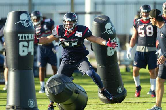 Inside linebacker Brian Cushing takes on the blocking dummies Tuesday, but he indicated he'll be taking on the real thing come Saturday against Miami.