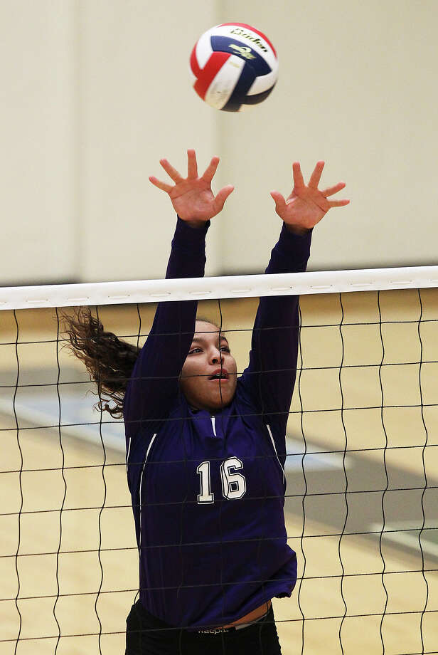 Mikayla Vivens, Warren outside hitterGrade:FreshmanNotable: Recorded 415 kills, 277 digs, 27 blocks and 23 aces ... Her kills total ranked third in school history and 12th in the area this year. ... Unanimous All-District 27-5A. ... Posted 20 kills, 15 digs, two blocks and an ace in a crucial district victory over Brandeis that propelled the Warriors into the chase for a playoff berth. Photo: Kin Man Hui, San Antonio Express-News / ©2013 San Antonio Express-News