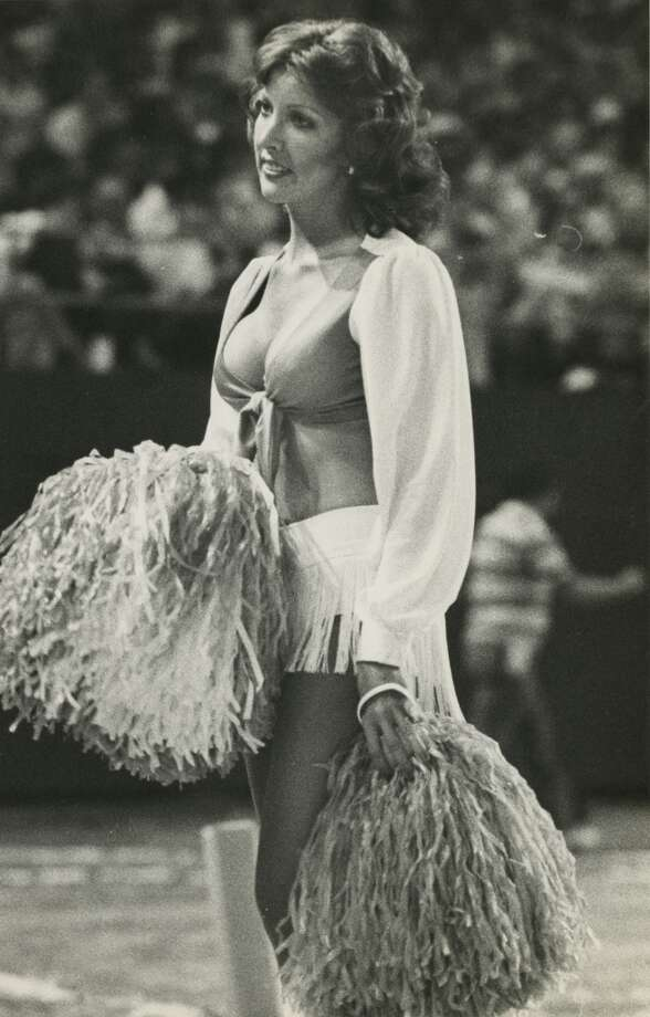 A Derrick Dolls cheerleader in 1978. Photo: Houston Chronicle Files