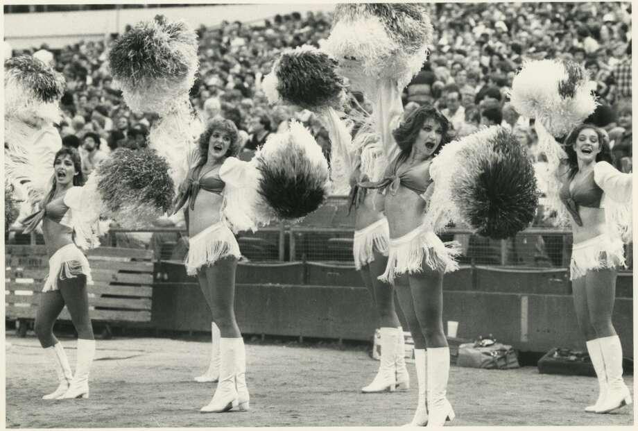 Derrick Dolls in 1982 Photo: Dan Hardy, Houston Chronicle Files