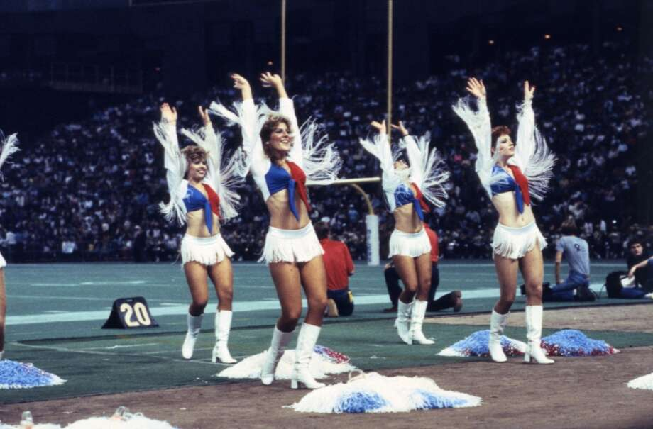 Derrick Dolls cheerleaders in 1984. Photo: Derrick Dolls, Houston Chronicle