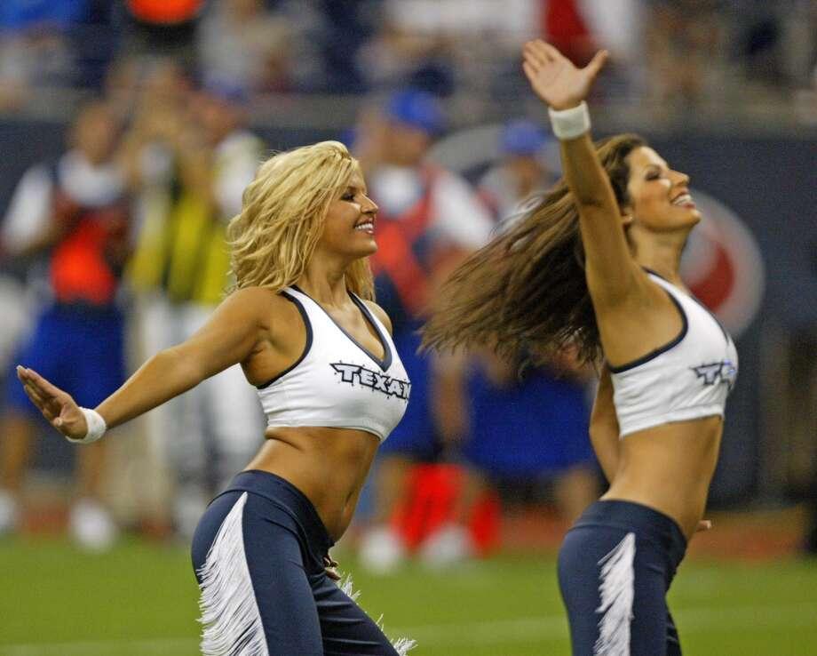 Houston Texans cheerleaders in 2005. Photo: Bob Levey, NFL
