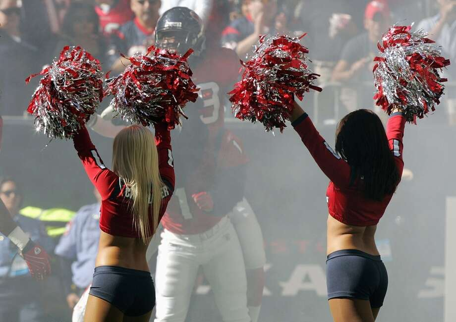 Houston Texans cheerleaders in  2007. Photo: Brian Bahr, Getty Images