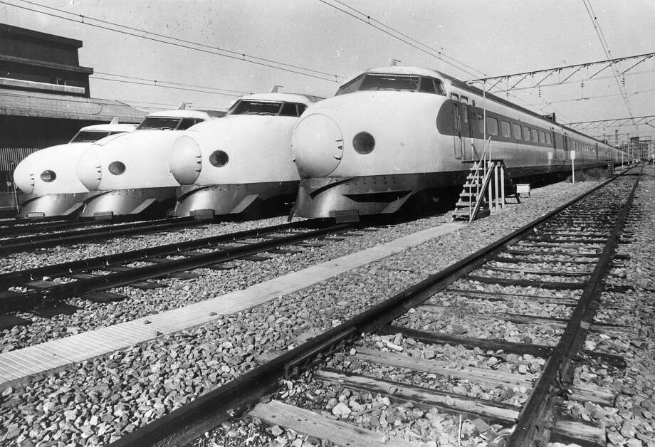 Japanese Bullet Trains lying idle at Shinagawa Railway Station during a 24 hour transport strike. Photo: Keystone, Getty Images / Hulton Archive