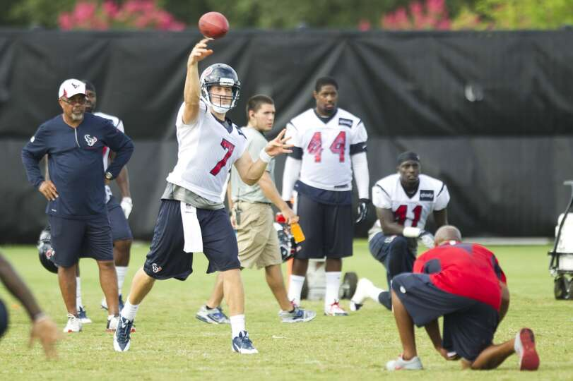 Quarterback Case Keenum (7) throws a pass.