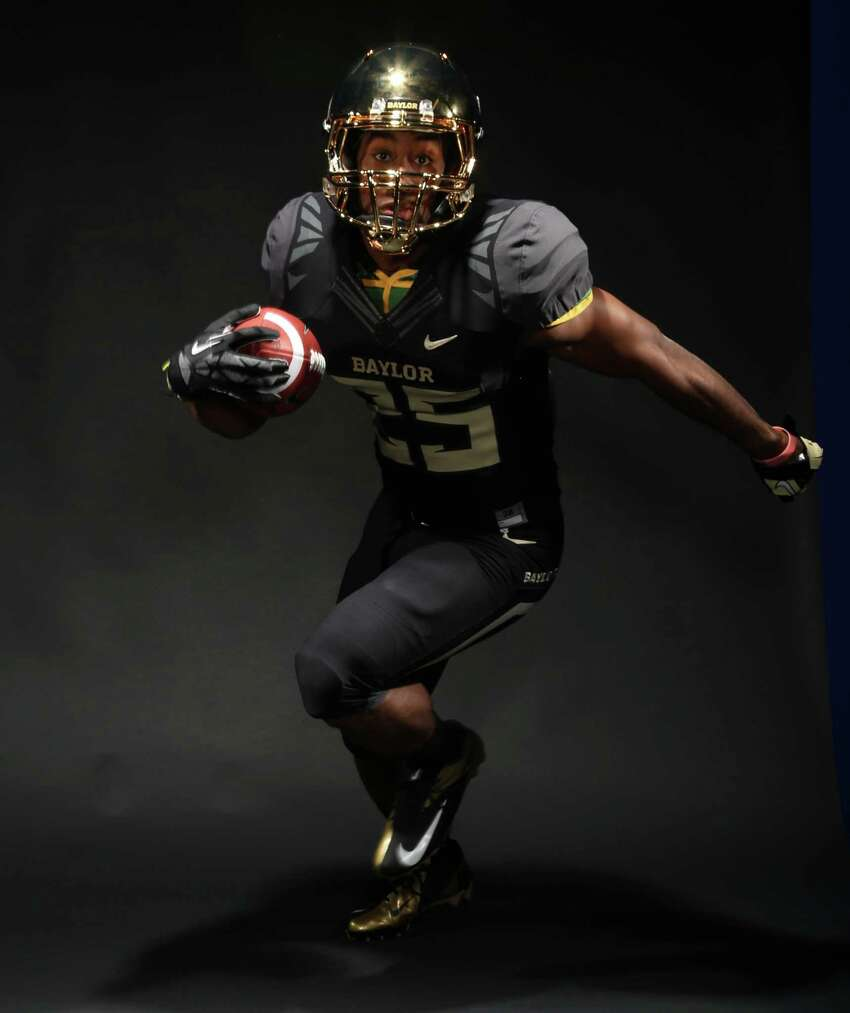 Lache Seastrunk in the black and metallic Baylor Bears uniform 2013.  05/02/2013