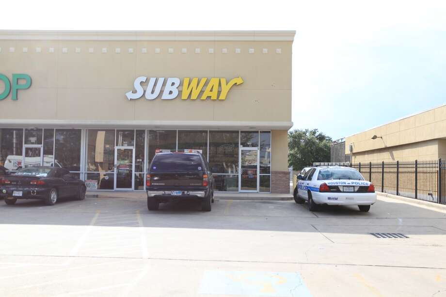 Armed robbers strike at a Subway near UH's Robertson Stadium. (Karen Warren/Chronicle)