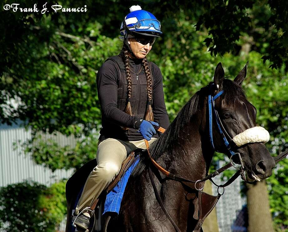 Zenyatta half sister Eblouissante, trained also by John Sheriffs (Frank Panucci) Photo: Picasa