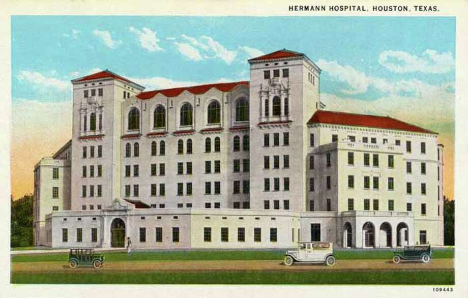HOUSTON - 1926:  Vintage postcard showing the exterior of Hermann Hospital . (Photo by Lake County Museum/Getty Images) Photo: Curt Teich Postcard Archives, Getty Images / Archive Photos