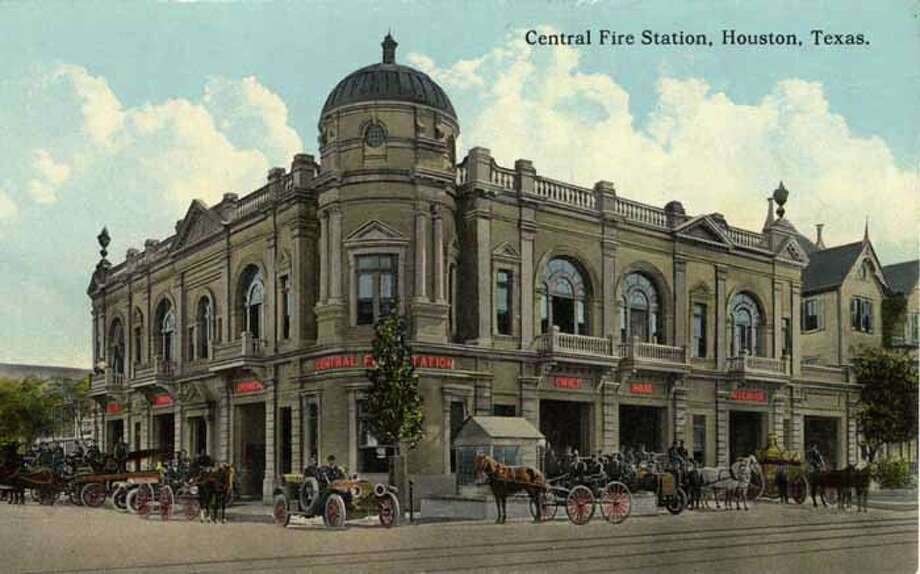 HOUSTON - 1918:  Vintage postcard showing the exterior of the Central Fire Station Horse-drawn fire apparatus, carriages and automobiles are in front of the two story building. (Photo by Lake County Museum/Getty Images) Photo: Curt Teich Postcard Archives, Getty Images / Archive Photos