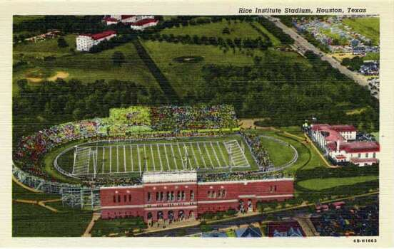 HOUSTON - 1946:  Vintage postcard showing an aerial view of the Rice Institute Stadium  The field is marked for a football game. (Photo by Lake County Museum/Getty Images) Photo: Curt Teich Postcard Archives, Getty Images / Archive Photos