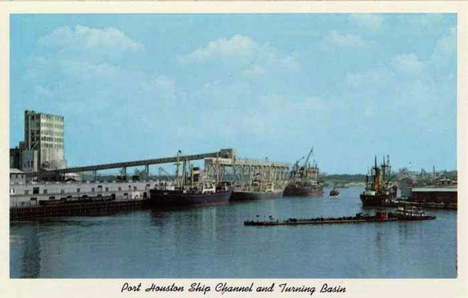 HOUSTON - 1959:  Vintage postcard showing ships in the Port Houston Ship Channel and Turning Basin. (Photo by Lake County Museum/Getty Images) Photo: Curt Teich Postcard Archives, Getty Images / Archive Photos