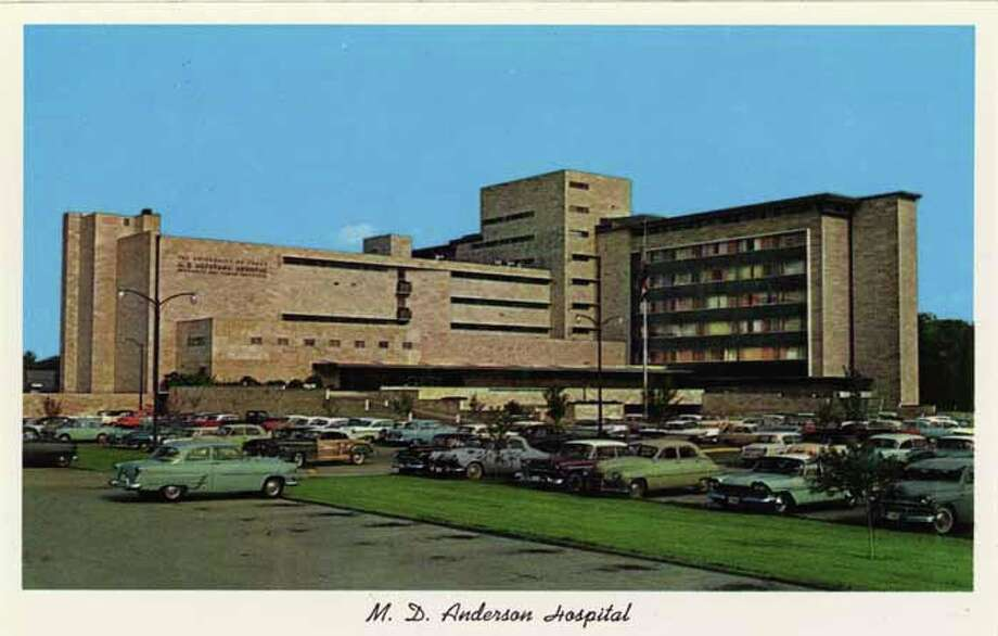 HOUSTON - 1959:  Vintage postcard showing the MD Anderson Hospital in Houston  . (Photo by Lake County Museum/Getty Images) Photo: Curt Teich Postcard Archives, Getty Images / Archive Photos