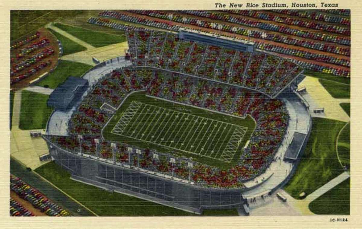 HOUSTON - 1951: Vintage postcard showing an aerial view of the new Rice University football stadium. (Photo by Lake County Museum/Getty Images)