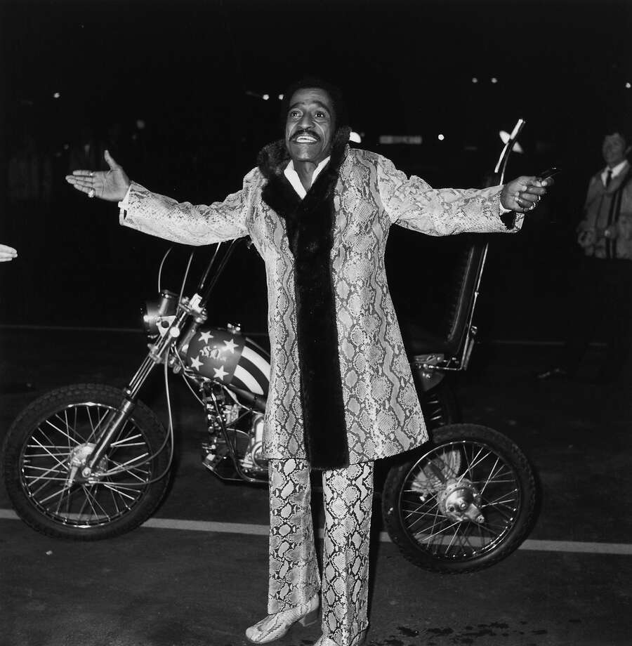 Sammy Davis Jr. knows how to ride in style. Photo: Max B. Miller, Getty Images / 2006 Getty Images