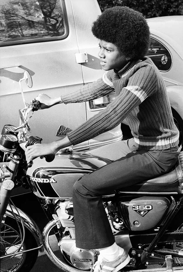 Michael Jacksonon a CB350. Photo: Michael Ochs Archives, Getty Images / 2009 Getty Images