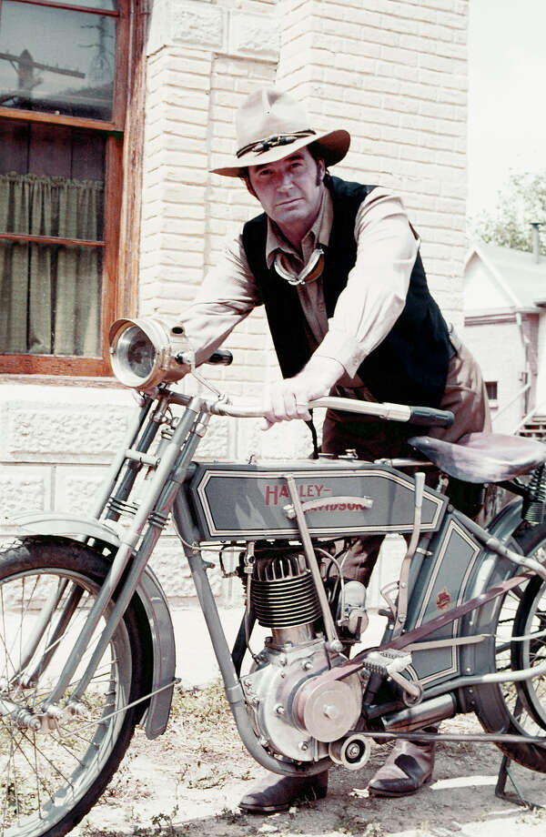 James Garner and a vintage Harley. Photo: NBC, NBCU Photo Bank Via Getty Images / 2012 NBCUniversal Media, LLC