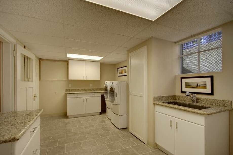 Laundry room of 939 Federal Ave. E. It's listed for $2.7 million. Photo: Courtesy Ann Dover, Cliff Tanner, Windermere Real Estate