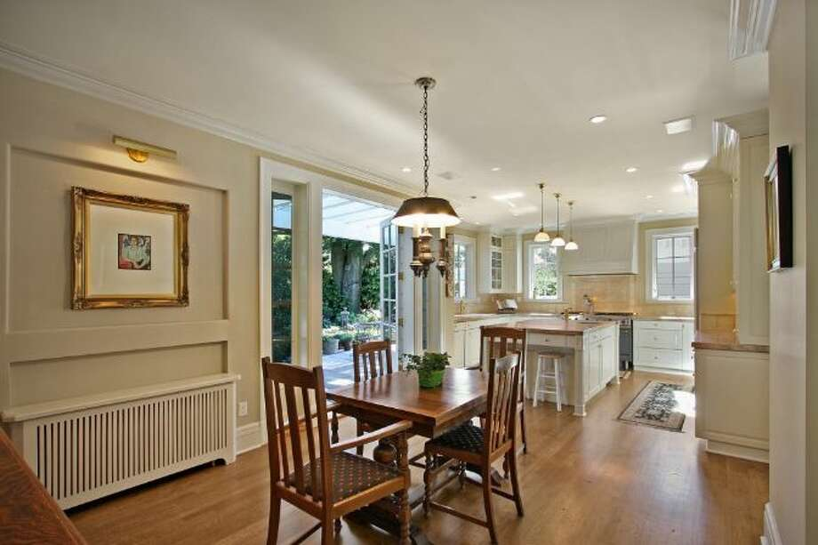 Breakfast nook of 939 Federal Ave. E. It's listed for $2.7 million. Photo: Courtesy Ann Dover, Cliff Tanner, Windermere Real Estate