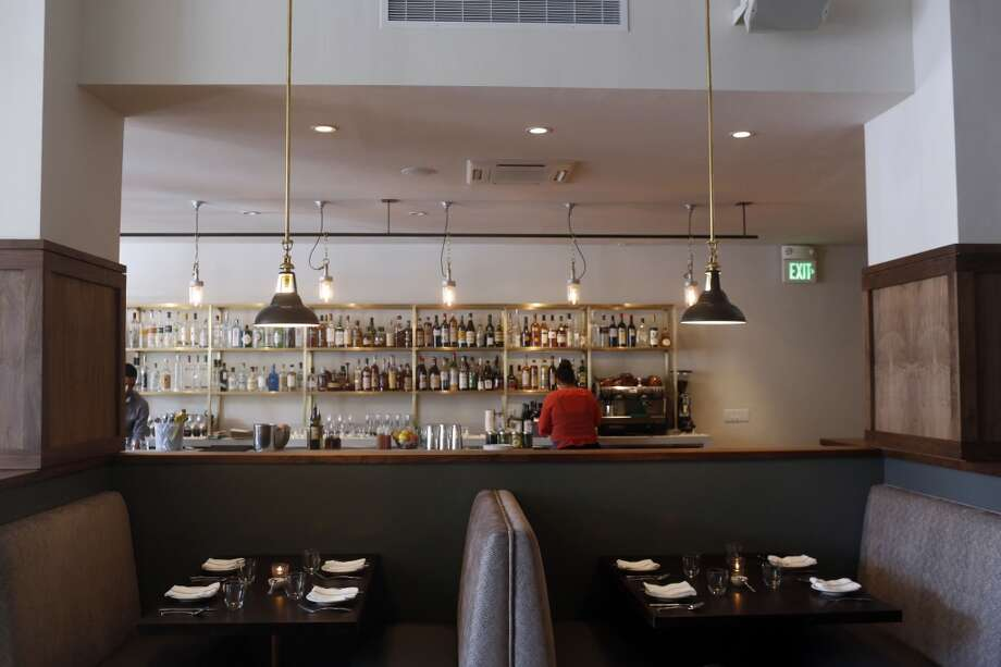 The dining room and bar at Pesce's new location on Market Street in San Francisco. Photo: Ian C. Bates, The Chronicle