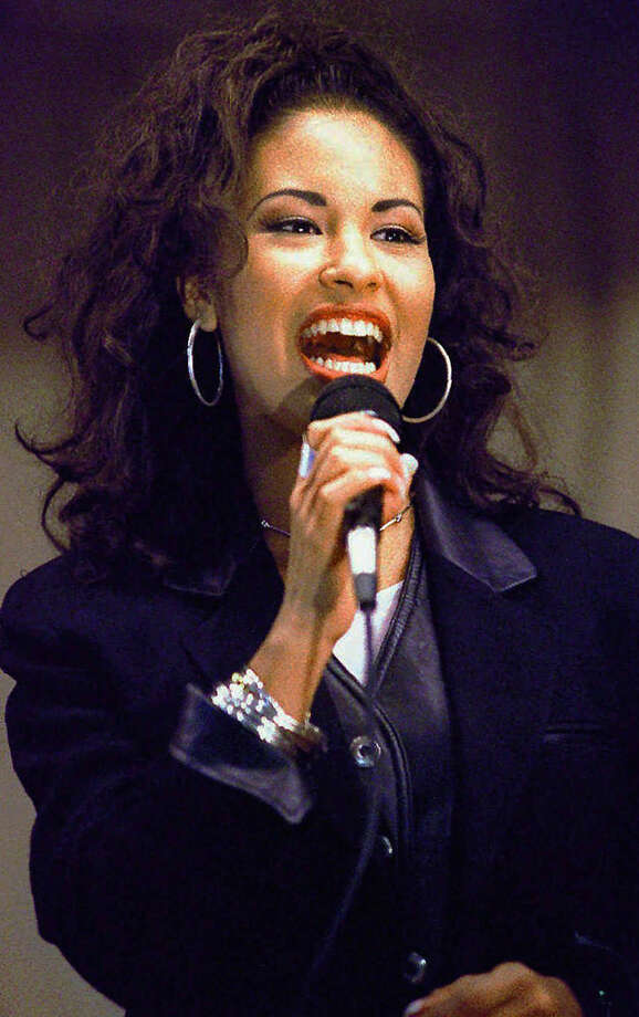 Tejano singer Selena Photo: GEORGE GONGORA, AP / CORPUS CHRISTI CALLER-TIMES