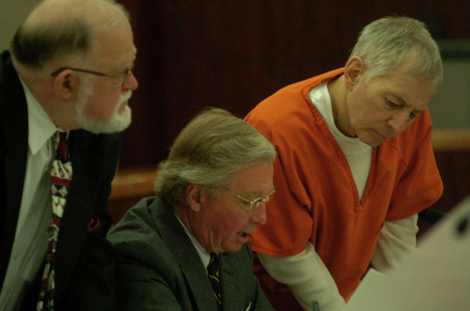 Robert Durst sits with his attorney's, Dick DeGuerin, (center) and Bill Habern, (left) in his hearing at the Harris County Criminal Court House, Friday, Jan. 13, 2006, after breaking his parole. Photo: Johnny Hanson, For The Chronicle / Freelance
