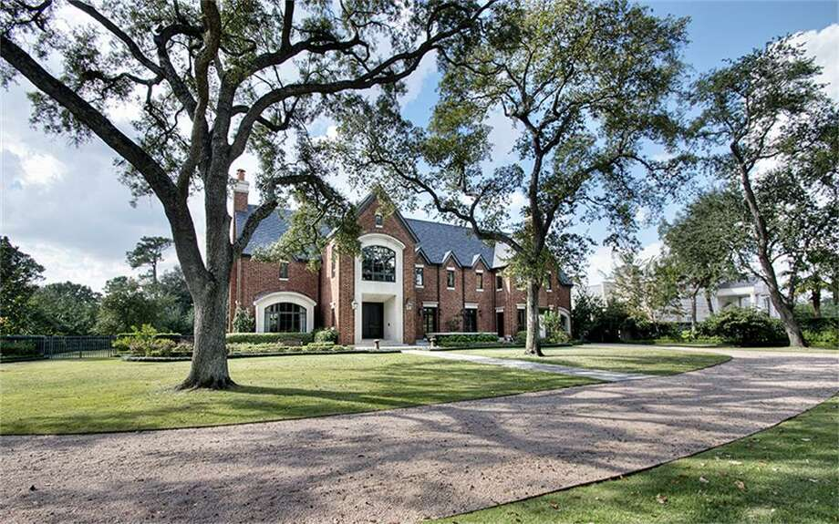 This River Oaks mansion purchased by attorney Tony Buzbee set a sales record, according to the Houston Association of Realtors. Photo: Houston Association Of Realtors