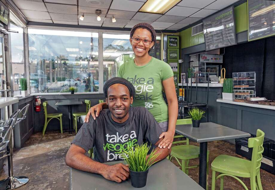 Rodney Perry and Matti Merrell own their own restaurant on Almeda, but like so many in recent years, they got their start in the business with a food truck. Photo: Craig Hartley, Freelance / Copyright: Craig H. Hartley