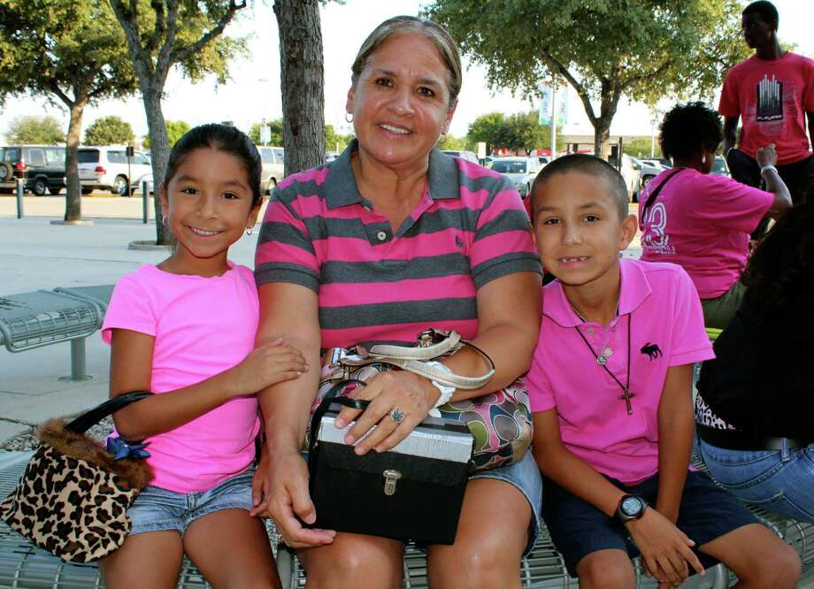 mySpy: The San Antonio Silver Stars played the Phoenix Mercury on Saturday, Aug. 17, 2013, at the AT&T Center. Photo: Yvonne Zamora / San Antionio Express-News