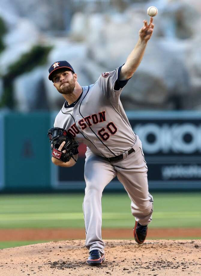 Dallas Keuchel throws a pitch against the Angels. Photo: Stephen Dunn, Getty Images