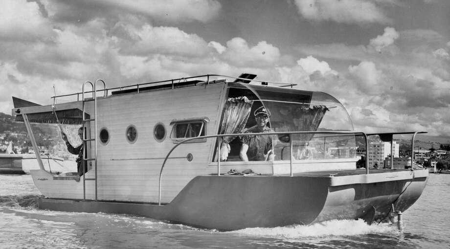 Skipper Robert Whatley on LCM Mark XXV, Lake Merritt. March 22, 1958. Photo: Bob Campbell, The Chronicle