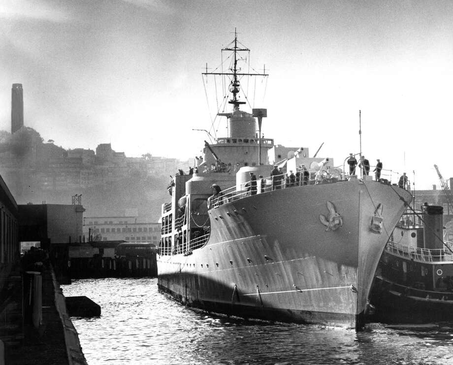 The H.M.S. Alvsnabben of the Swedish Navy.  December 29, 1958. Photo: Ken McLaughlin, The Chronicle