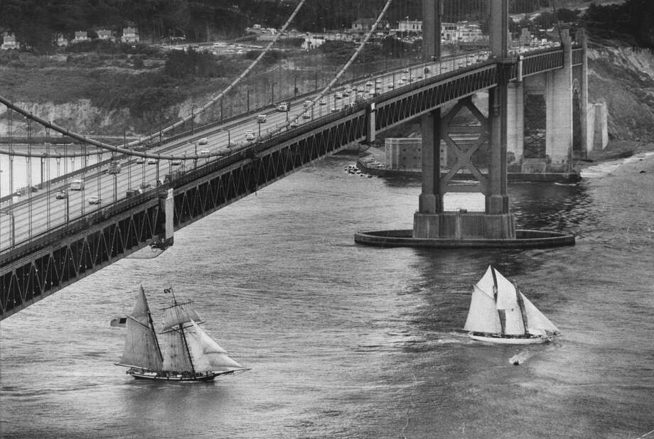 "Schooner ""Wanderbird"" at right leads going out of the Golden Gate as ""Pride of Baltimore"" follows in the race. August 31, 1983. Photo: Steve Ringman, The Chronicle"