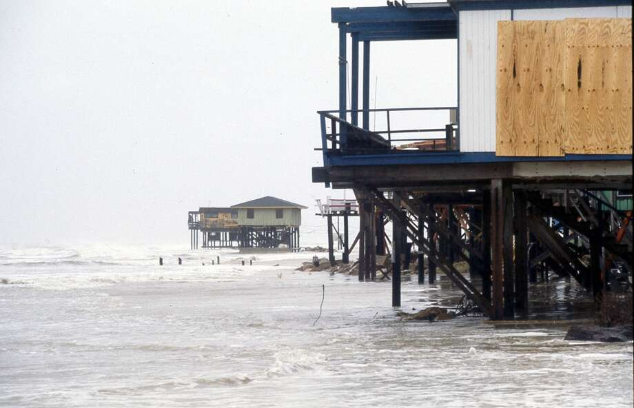 Gulf Coast during Hurricane Alicia, August 17, 1983. Photo: Houston Chronicle