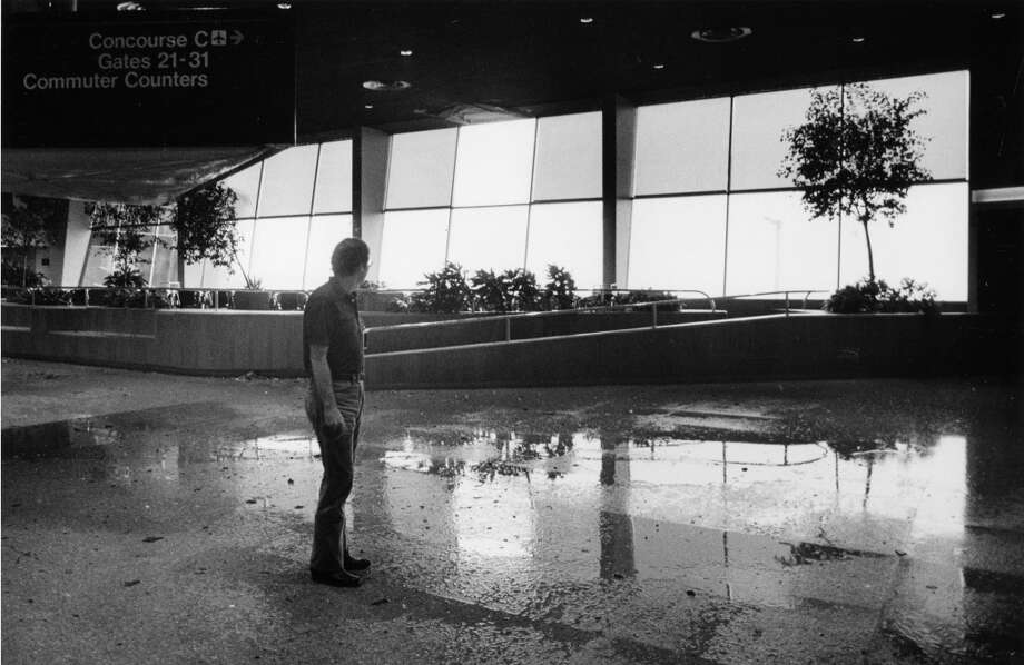 Hobby Airport terminal, August 18, 1983. Photo: King Chou Wong, Houston Post
