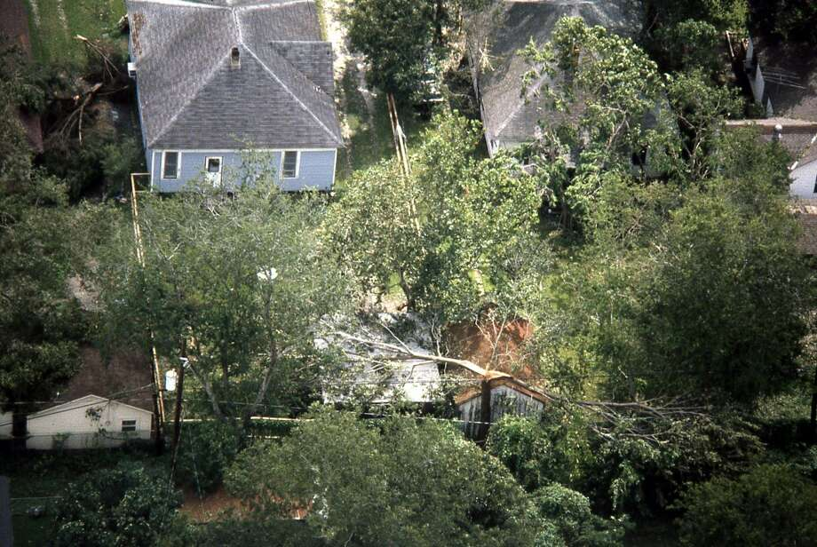 Hurricane Alicia damage in the Heights, August 19, 1983. Photo: Curtis McGee, Houston Chronicle