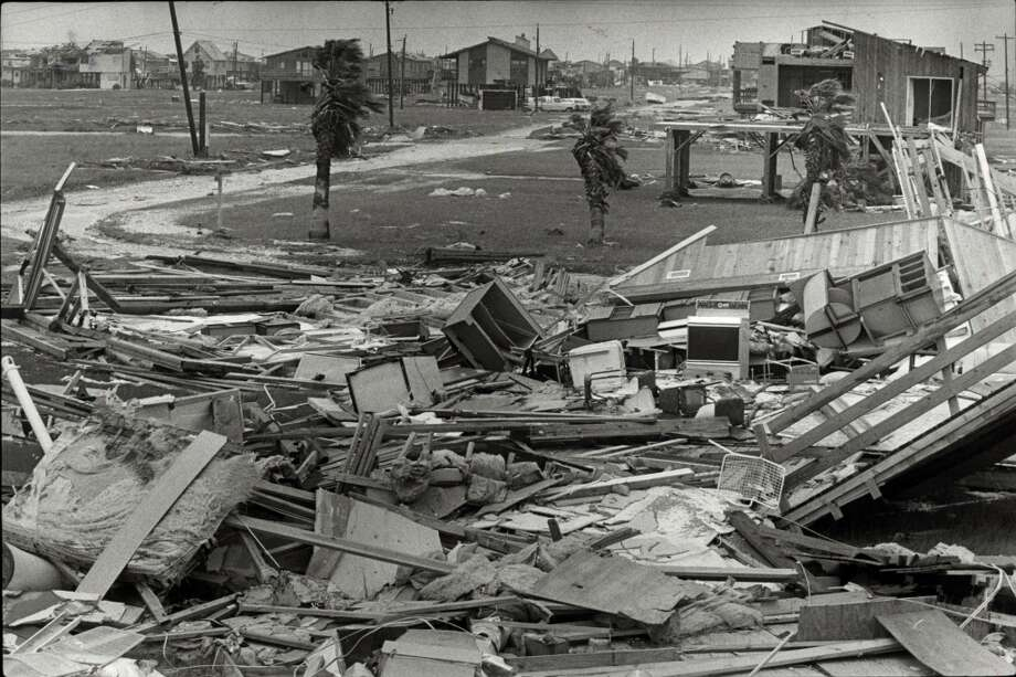 Hurricane Alicia wreckage on Galveston Island's west end, Aug. 19, 1983. (For more photos of Alicia and its aftermath, click through the slideshow.) Photo: Steve Ueckert, Houston Chronicle