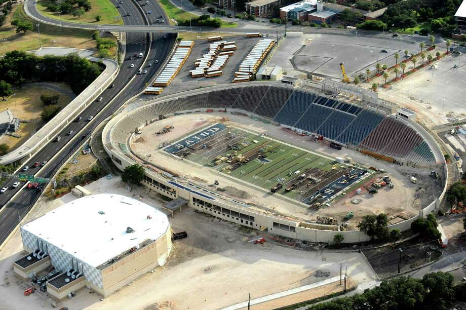 Construction at San Antonio Independent School District's Alamo Stadium is seen from the sky on Aug. 14, 2013. Photo: Billy Calzada, San Antonio Express-News / San Antonio Express-News