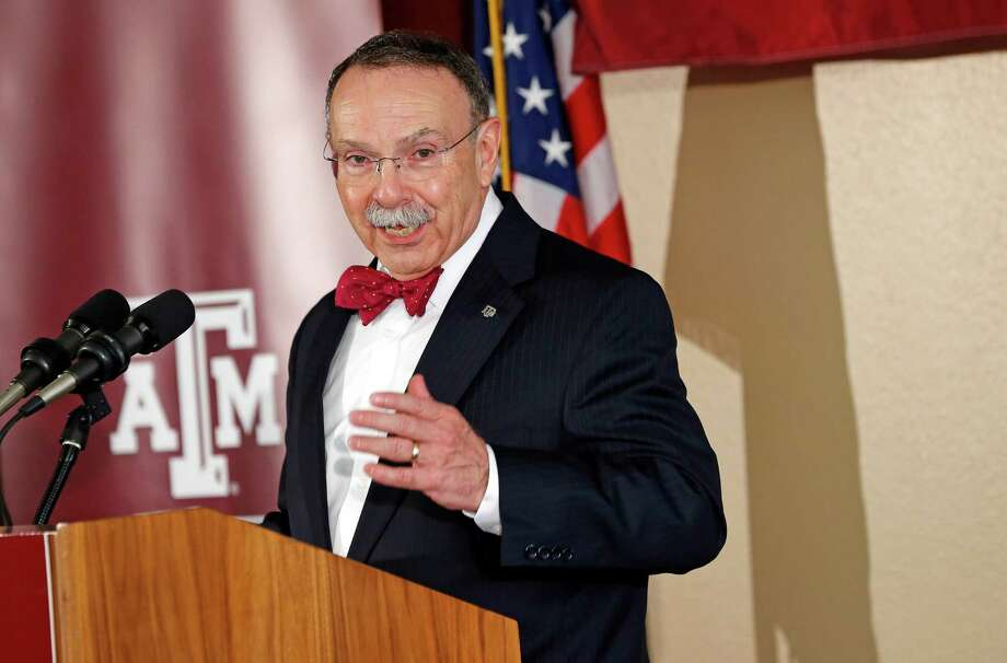 Texas A&M President R. Bowen Loftin says the addition of a law school makes the university complete. Photo: Gregg Ellman, STR / B73287169Z.1