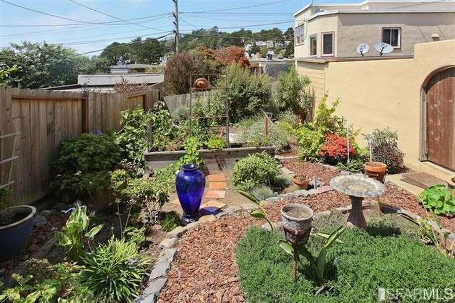 Yard and garden.  SFMLS / Coldwell Banker Res. R.E. Svcs/Estately