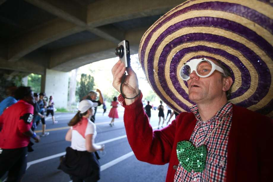 Dress up in a wild costume to see everybody's else's better costumes at Bay to Breakers. Photo: Chronicle File Photo
