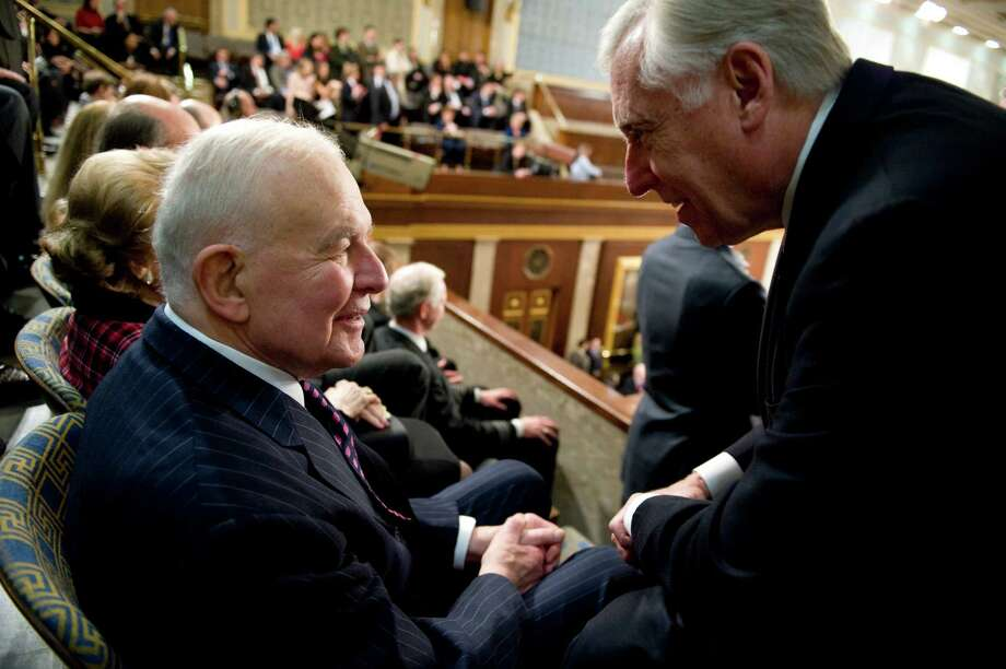 House Majority Leader Steny Hoyer, D-Md., right, talks with former Speaker of the House Tom Foley, before President Barack Obama addressed a joint session of Congress in the House Chamber, Feb. 24, 2009. Photo: Tom Williams, Getty / Roll Call Photos